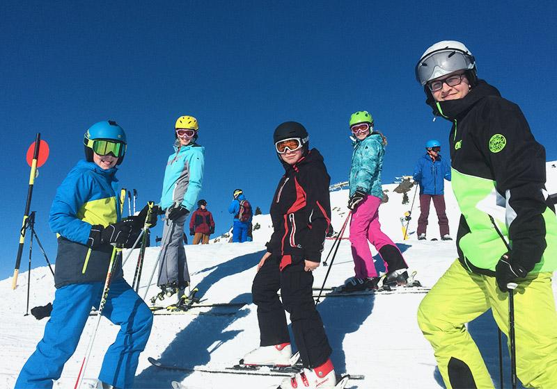Skikurse an Weihnachten für Jugendliche
